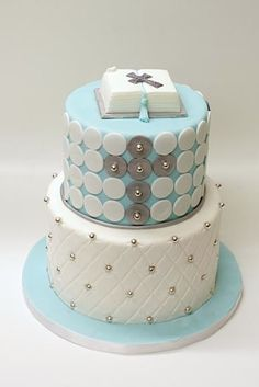 What a pretty communion cake! dot cross, cakes, cross purpl, hulk, beads, communion cake, crosses, pretti communion, dots