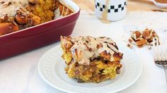 Finally! You can savor the flavor of fall with this must-make pumpkin-spiced breakfast bake. #pumpkin