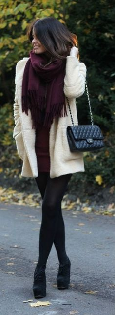Definitely an outfit for the holidays :) Love the burgundy scarf!!