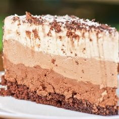 This layered ice cream cake recipe is a combination of all my favorite, chocolate, coffee, vanilla and a crunchy crust.. Layered Ice Cream Cake Recipe from Grandmothers Kitchen.