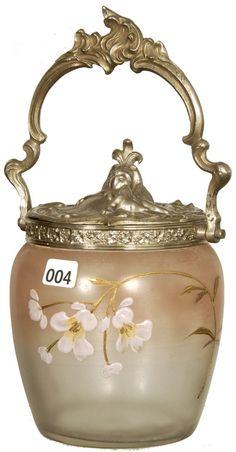"7"" ART GLASS BISCUIT JAR"