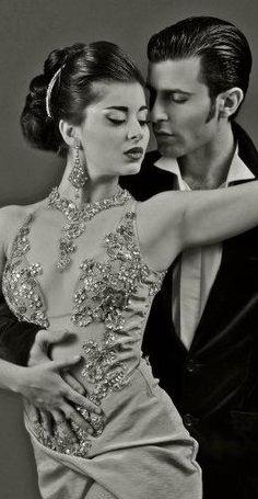 Tango. S)