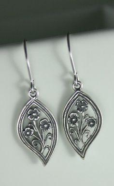 Silver earrings Leaf