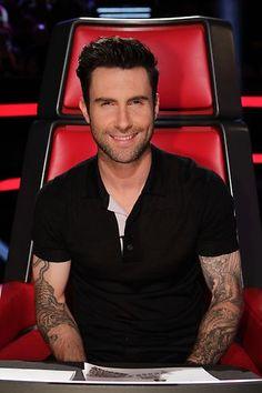 Adam Levine #LivePlayoffs Night 1