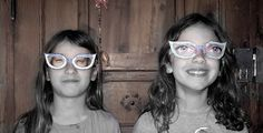 Just print this glasses and glue some eyes out of an old magazine! It ist too funny how ugly are Hannah and Allegra !