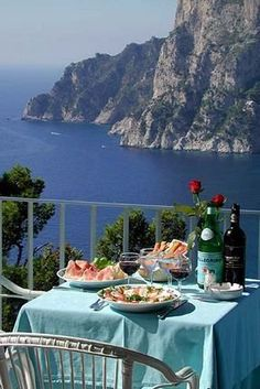 Lunch in Capri Island Italy romantic dinners, lunches, capri, islands, place, italy travel, table for two, itali, bucket lists