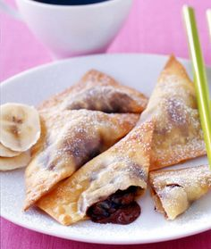 Five Fabulous Wonton Wrapper Recipes (Weight Watcher's). Wonton wrappers are great filled with everything from molten chocolate to mashed potatoes. They're very versatile and easy to work with, they bake up crisp and best of all, only have about 20 calories each!