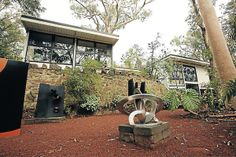 A Robin Boyd home in Warandyte.