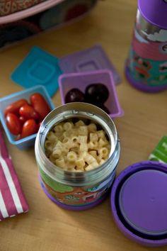 easy mac & cheese school lunch.