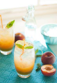 Sparkling Peach Mint Lemonade