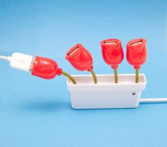 Tulip bouquet-shaped USB hub!