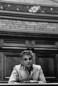 Derrida: The Excluded Favorite | Emily Eakin on Jacques Derrida | The New York Review of Books