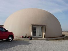 Image: In Marlow, Oklahoma, retirees Darrell and Jerrilyn Strube own this 50-foot-diameter, two-story Monolithic Dome home.
