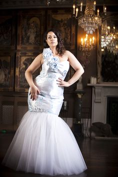 How to choose your wedding dress when you're a plus size woman? Curvy designer Kemi answers all your questions!