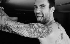 harley davidson, this man, dream man, american beauty, adam levine, future husband, future babies, sleeve tattoos, blanco y negro