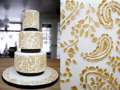 Lela New York Weddings | NYC Wedding Inspiration | Luxury Invitations | New York Wedding Blog: Luxury Custom Wedding Cake Inspiration by New York Wedding Photographer Lucky Me Photography