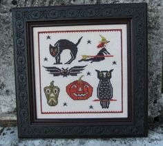 Retro Halloween counted cross stitch pattern at thecottageneedle.com