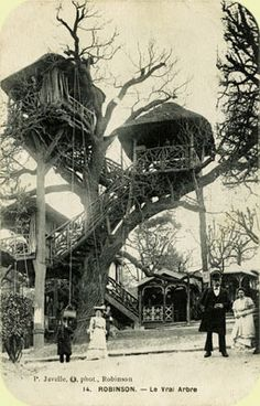 A treehouse south of Paris. Le Plessis-Robinson Cabaret.