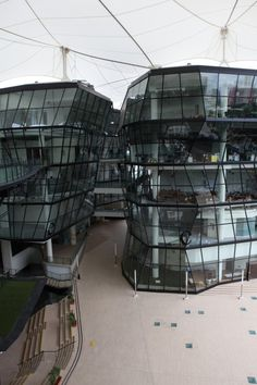 Lasalle College of the Arts, Singapore.    Designed by RSP Architects.