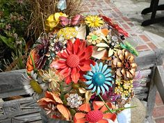 Brooch bouquet featuring floral brooches. Could probably make a centerpiece using same approach.