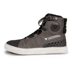 Dainese street runner shoes