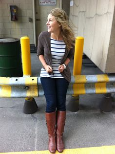 nautical striped tee, brown cardigan, skinny jeans, brown riding boots