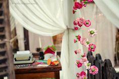 Casamento temático: Cinema |http://www.blogdocasamento.com.br/cerimonia-festa-casamento/decoracao-festa-igreja/casamento-tematico-cinema/