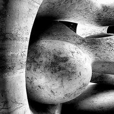 Moore sculpture Aria Hotel
