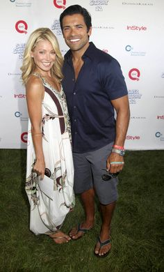 It's official: Kelly Ripa is the best-dressed on the QVC red carpet at Super Saturday.