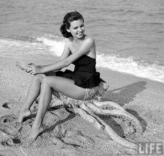 1950s Beach Fashions