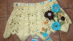 Such a cute little girl skirt! Thank you for this free crochet   pattern!  THERE ARE ALOT OF FREE PATTERNS!!!!