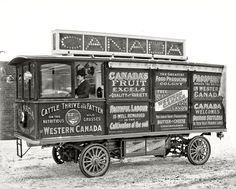 Circa 1905. Motor car, Canadian Government Colonization Co.