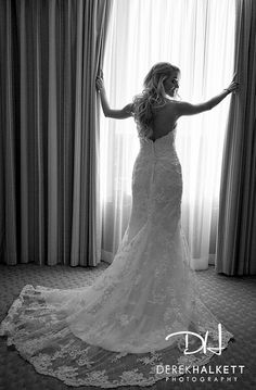 Hartford Society Room #wedding poses #Connecticut wedding #Derek Halkett Photography #wedding details #wedding photography #wedding photography #wedding ideas #Massachusetts wedding photographer #Rhode Island wedding photographer #Boston Wedding Photography #wedding poses www.halkettphotography.com