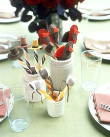 Finger puppet favors for the kids this Thanksgiving.
