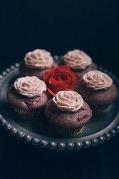 Vegan cupcake love all day. #vegancupcakes #vegancupcake #vegandessert
