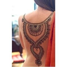 beautiful work on the back of #Desi #Kameez <3