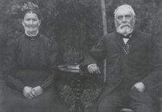 Photographie zur Erinnerung an die Goldene Hochzeit Buddendorf Naugard 1908