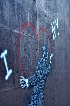 I <3 NY ny food, foods, graffiti, street art, driveways, 3d art, homes, york citi, the city