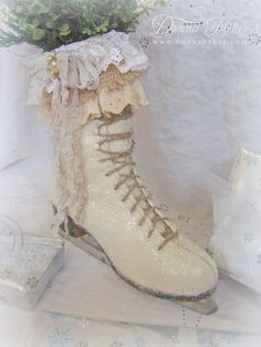 Donna's Designs Romantic white ice skate