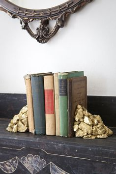 diy gold bookends