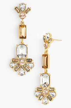 These sparkly champagne hued crystal drop earrings are simply beautiful.