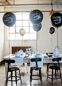 """Chalkboard"" balloons table settings, balloon place, place cards, parties, black white, balloons, celebr, parti idea, black balloon"