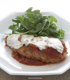 Chicken Parmigiana PER SERVING 324 calories 11g fat