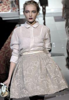 Snejana Onopka in runway for Dolce and Gabbana Spring/Summer '2008. daisi dandelion, fashion, style, festivals, runway, daisies, snejana onopka, gabbana springsumm, gabbana ss