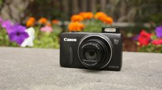 Canon goes after mobile photographers with the PowerShot SX600 HS and Elph 340 HS