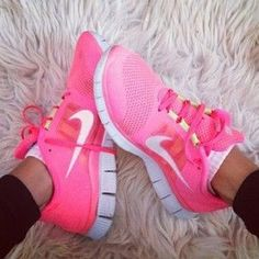 Nike free run in pink ... i am in love ....