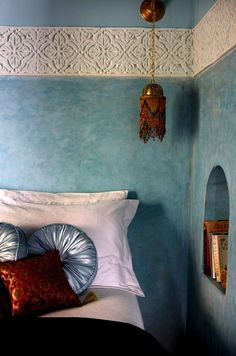 This could be done with so many materials: paint, vinyl floor tiles, cut lengthwise lacy curtain sheers, etc. Dar Jaguar, Marrakech