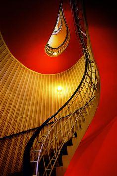 Upward spiral. #DestinationGlam