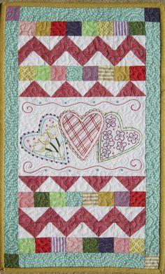 Wonderful quilt for Valentine's Day.  :-)
