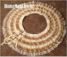 HomeMaid Decor: Day 3: Lace & Burlap Tree Skirt
